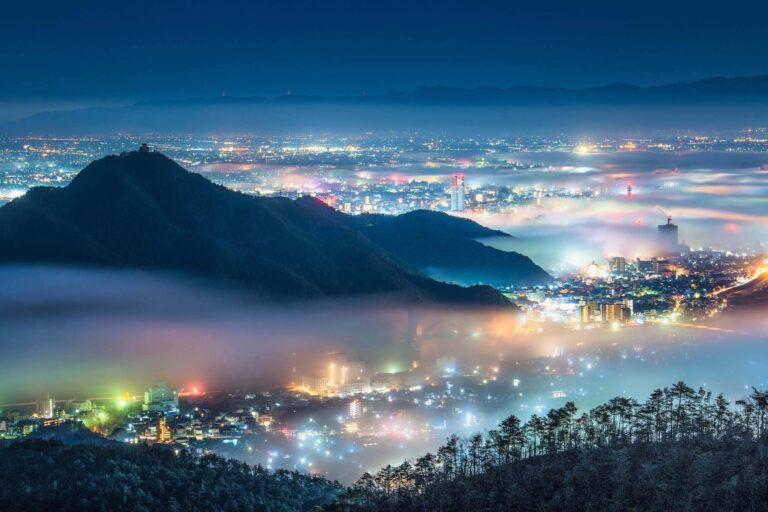 岐阜市の夜景と雲海1