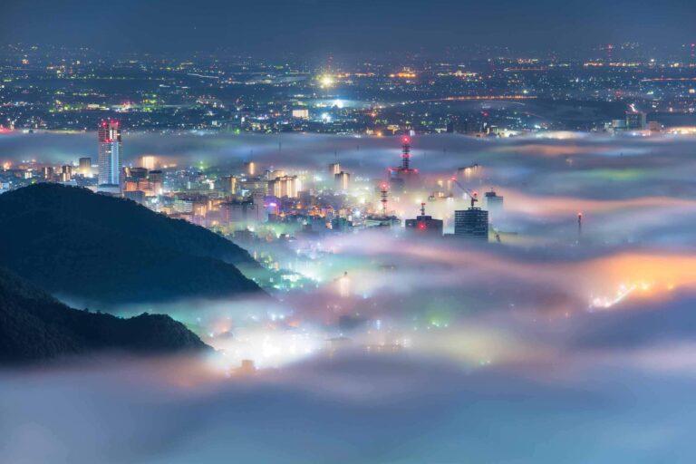 岐阜市の夜景と雲海2