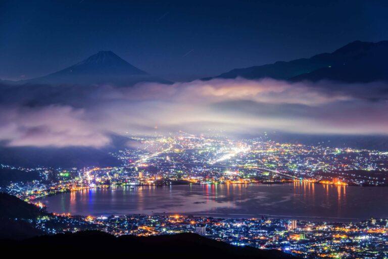 高ボッチ高原から見る夜景と富士山(長野県)